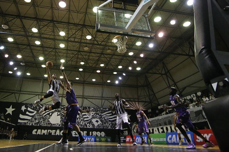 Botafogo-RJ e Mogi fizeram um jogo equilibrado / Foto: Vitor Silva/SSPress/Botafogo