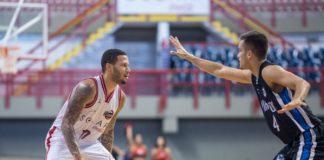 Rashuan quebrou recorde e foi destaque na vitória cearense sobre o Pinheiros / Foto: Stephan Eilert/Solar Cearense