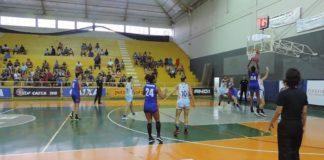 Com mais 19 pontos de Gil, Uninassau chegou a segunda vitória consecutiva na LBF / Foto: Renata Capelleto