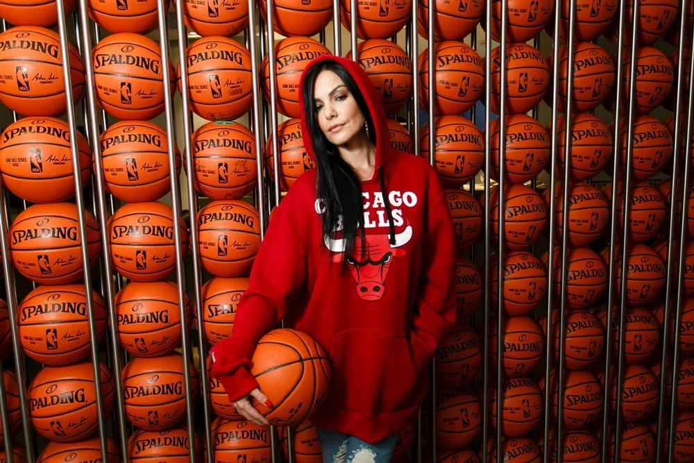 Diana Bouth, apresentadora e DJ, será uma das âncoras do programa semanal / Foto: Marlon Falcão
