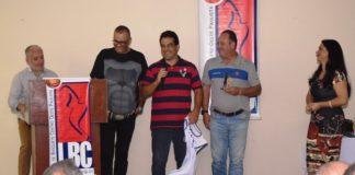 Nivaldo Meneghelli Junior foi homenageado pelo 40º aniversário de fundação da sua Escola de Basquete