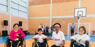 Em Blumenau, Janeth visitou três escolas municipais / Foto: Divulgação/IJA