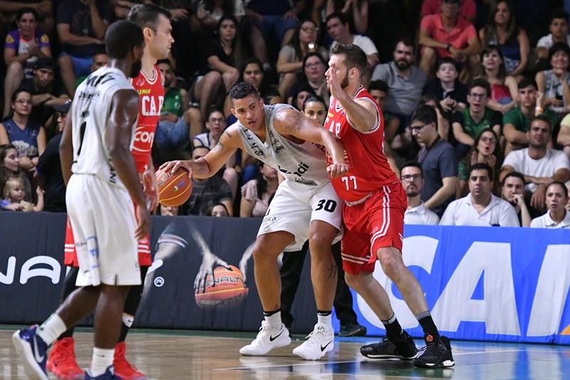 Hettsheimeir teve bom rendimento neste duelo inicial da semifinal / Foto: João Pires/LNB