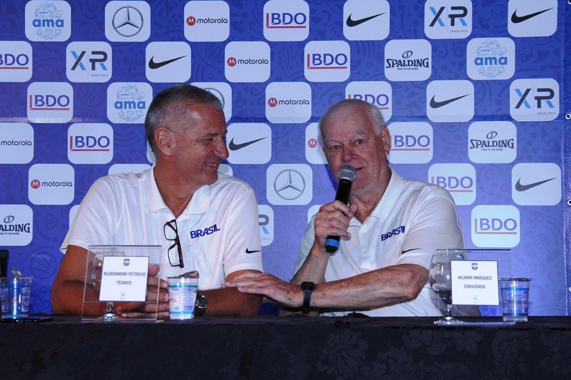 Aleksandar Petrović e Wlamir Marques / Foto: Jorge Bevilacqua/CBB
