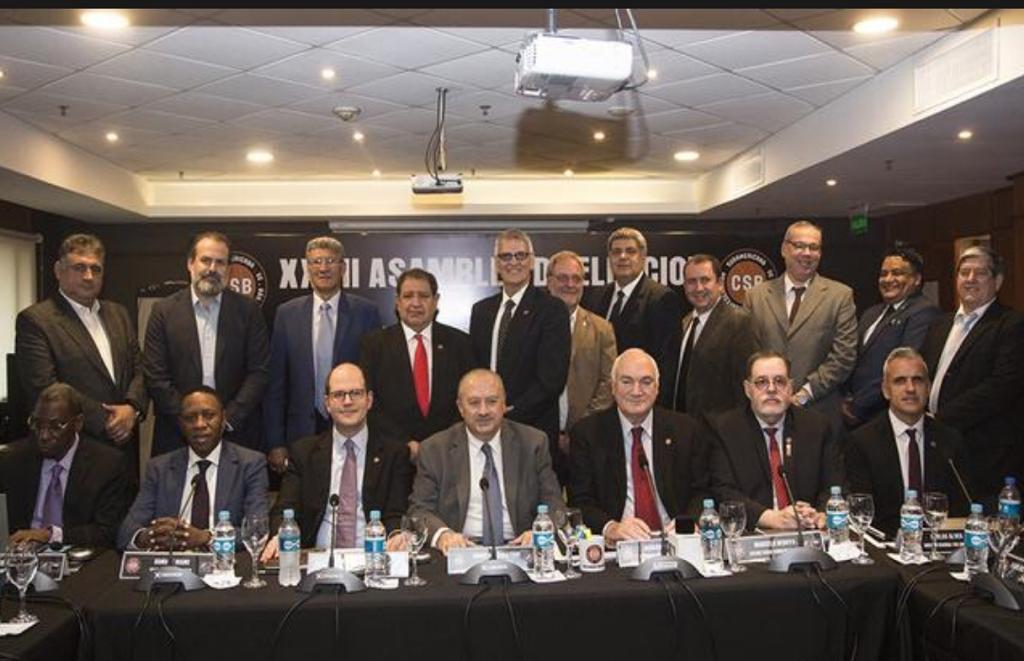 Nomes importantes do basquete mundial estiveram reunidos em Assunção / Foto: Divulgação/CONSUBASQUET