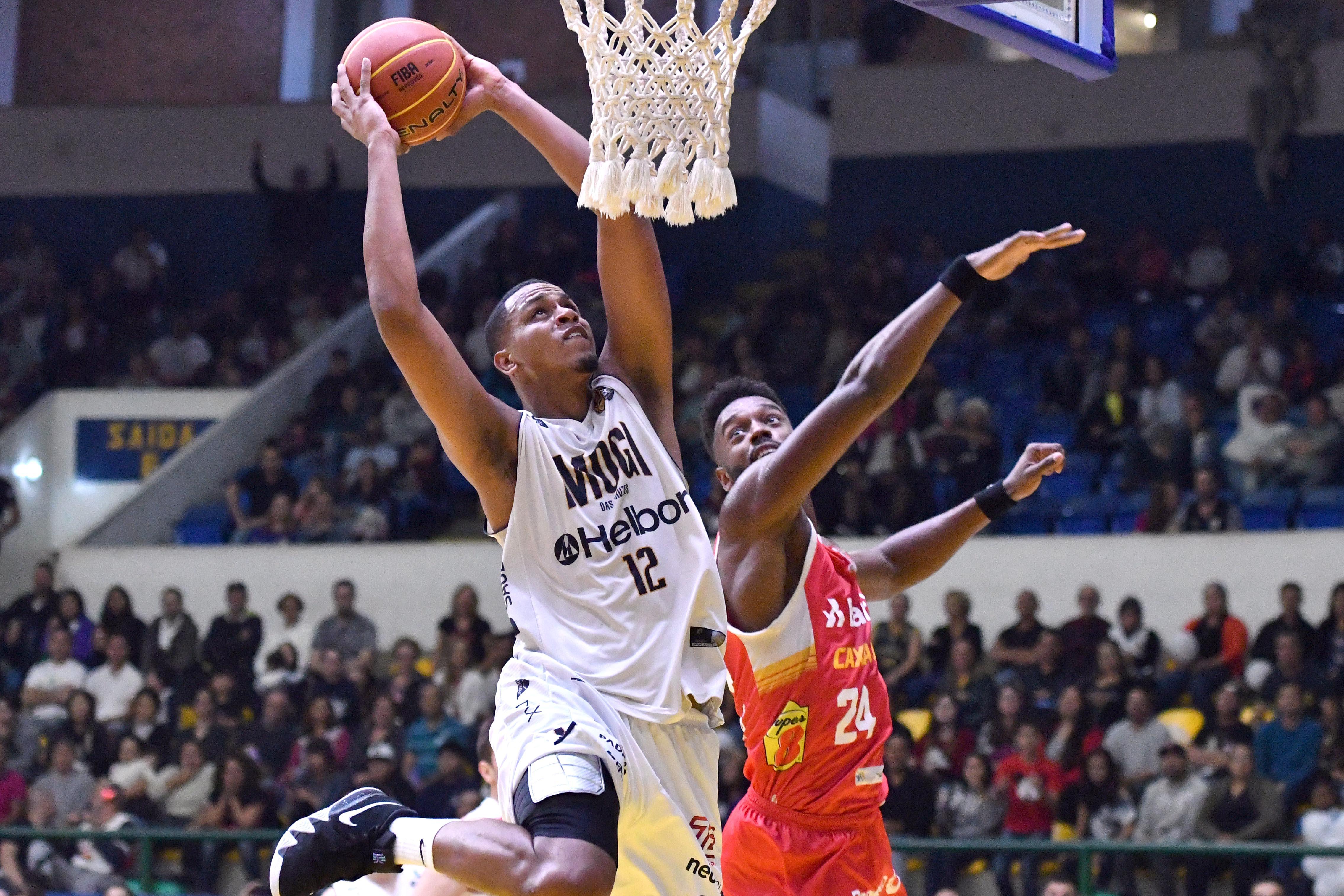 Wesley Sena vinha atuando no basquete espanhol / Foto: Divulgação/Bauru Basket