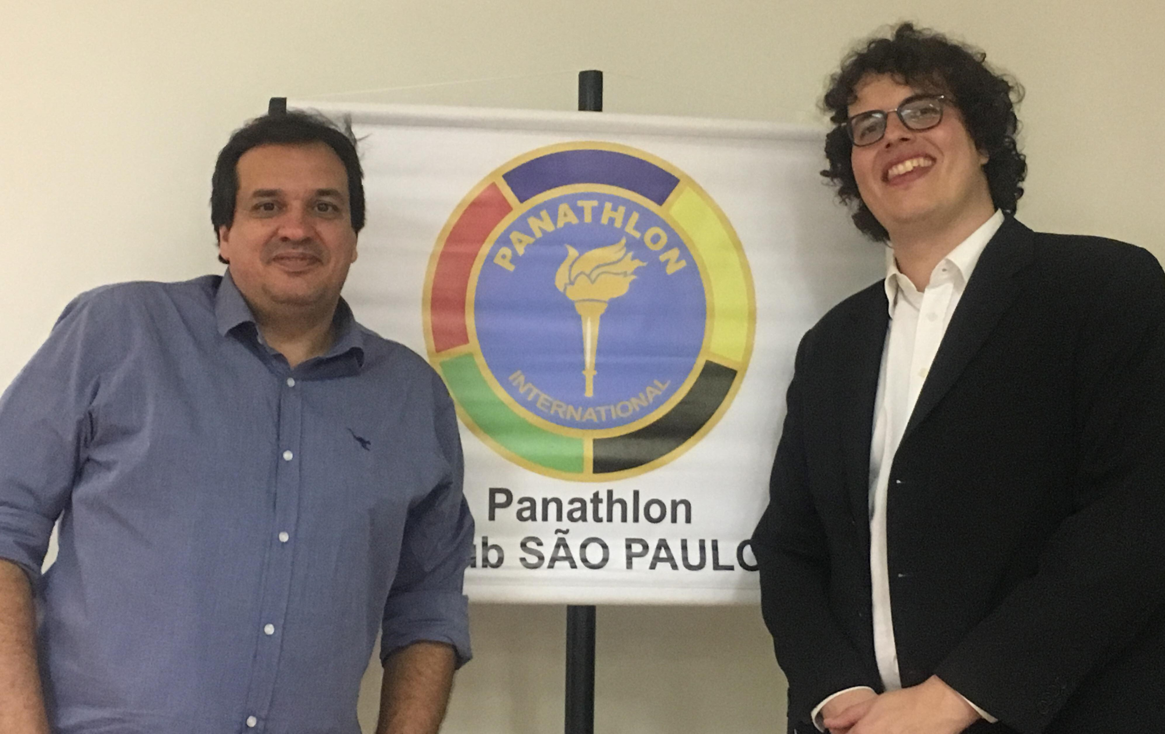 Paulo Teixeira (presidente do Panathlon Club São Paulo) e o jornalista Guilherme Costa / Foto: Kiko Ross/Databasket