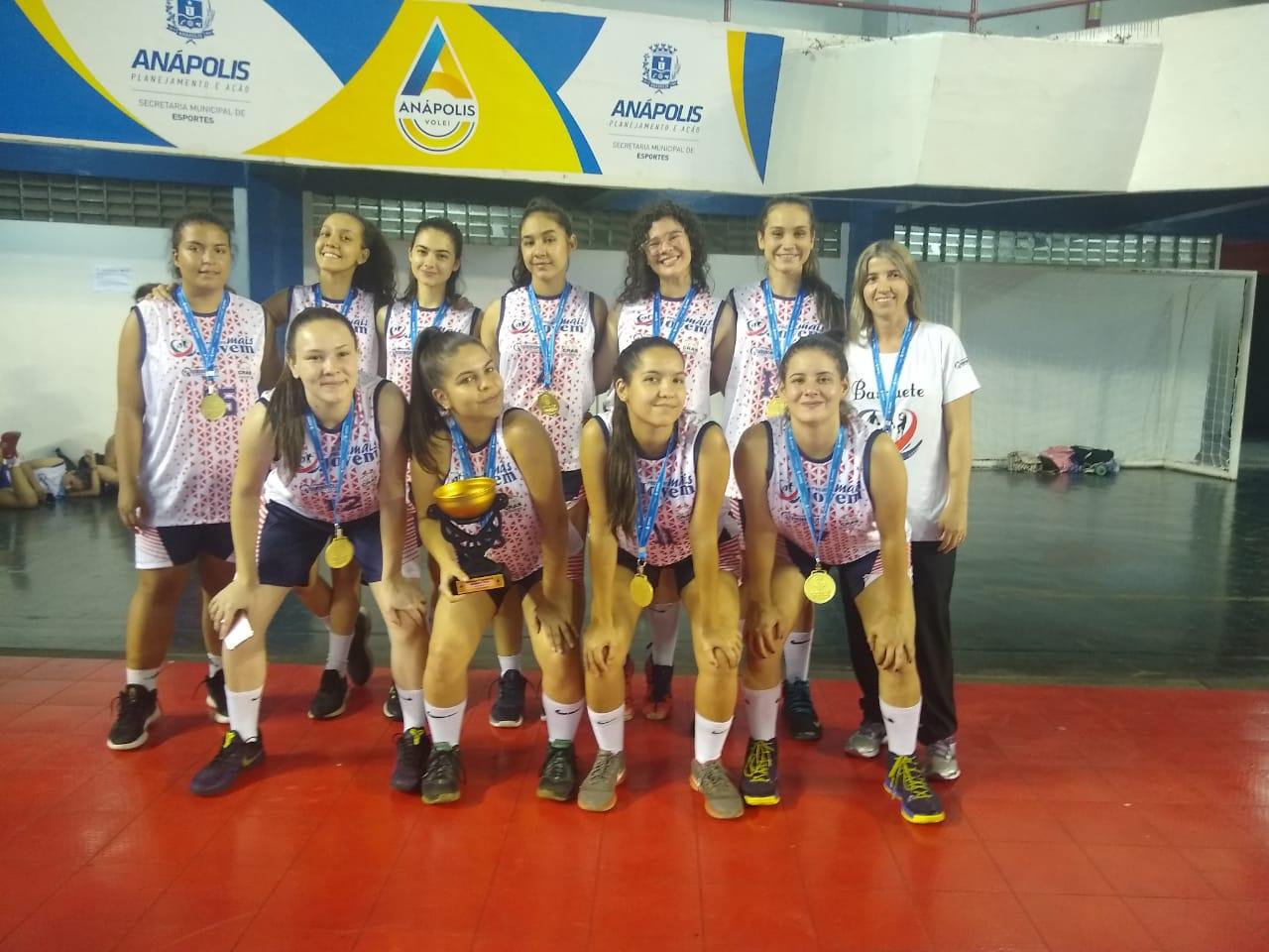 Quirinópolis garantiu a conquista no sub-15 feminino / Foto: Divulgação/FGB