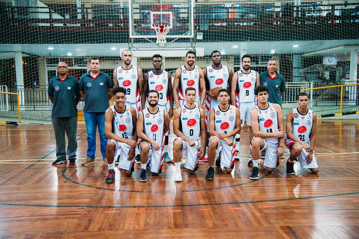 Contando com os 'pratas da casa', o time de Tatuí conseguiu a vaga na elite do basquete paulista / Foto: AI-PMT/Divulgação