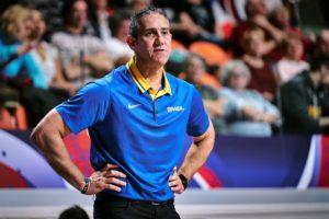 José Neto quer o Brasil focado no duelo contra a França / Foto: FIBA
