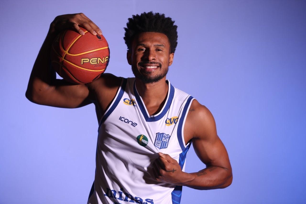 Leandro Barbosa será o padrinho das Novas Estrelas Time Brasil / Foto: Divulgação/LNB