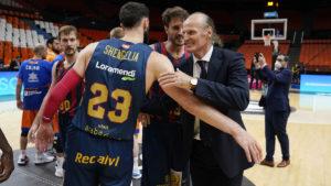 Dusko quer a sua equipe cometendo poucos erros na final / Foto: ACB