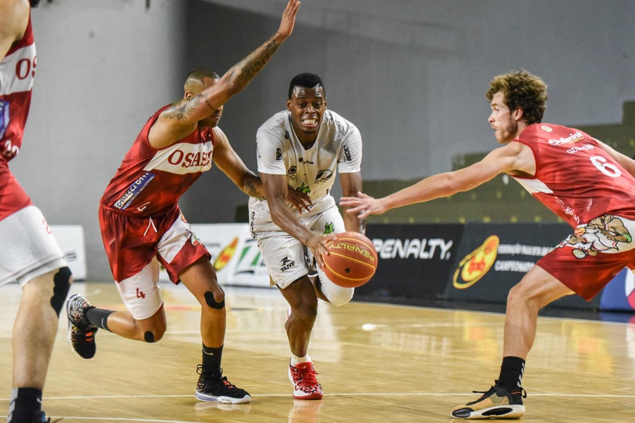 Gui Deodato manteve o bom momento / Foto: Victor Lira/Bauru Basket